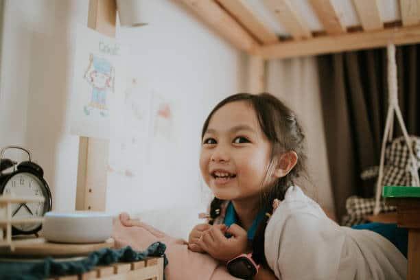Les agents conversationnels affectent-ils la façon dont les enfants communiquent ?